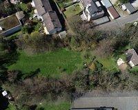 Grundstück, Luftansicht von Osten