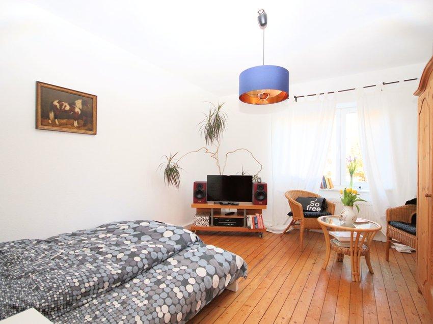 Das Wohn- momentan Schlafzimmer
