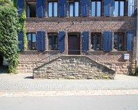Eingang-Treppe