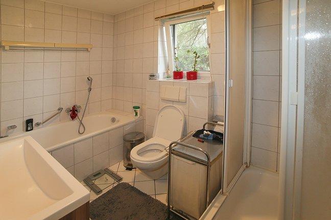 Bad-Dusche-WC