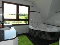 Bad mit Badew.u.Dusche
