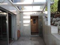 Sauna Bereich mit Dusche