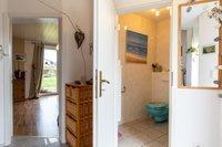 Gäste-WC (linke Wohnung)