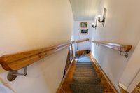 Treppenaufgang (linke Wohnung)