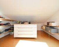 Ankleidebereich-Schlafzimmer