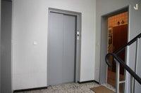 Treppenhaus - Wohnungseingang