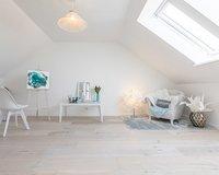 Ein besonders gemütlicher Raum im Dachgeschoss