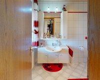 EG Duschbad mit Fenster