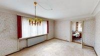 Esszimmer mit Zugang zum Frühstückszimmer