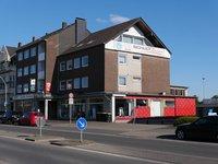 Solides Wohn-/Geschäftshaus...