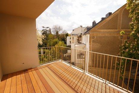Balkon Wohnzimmer und Küche