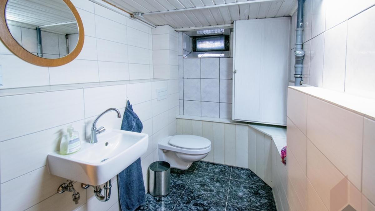 WC Kellergeschoss