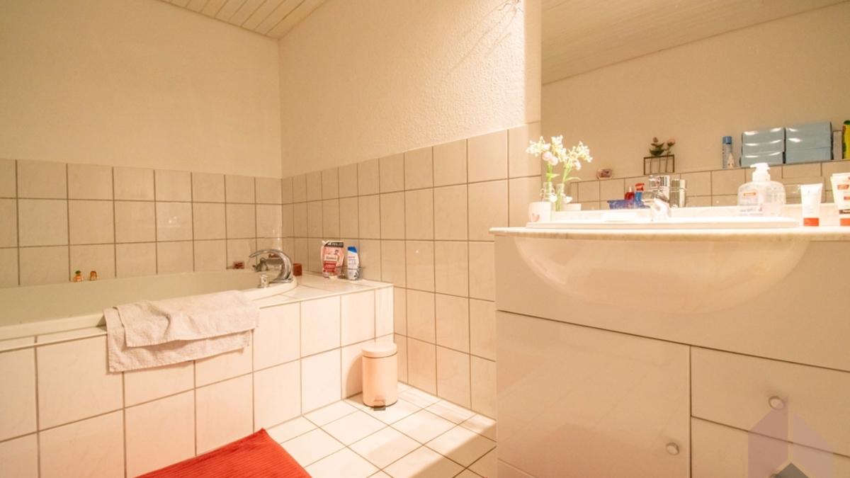 Wg 1: Badezimmer