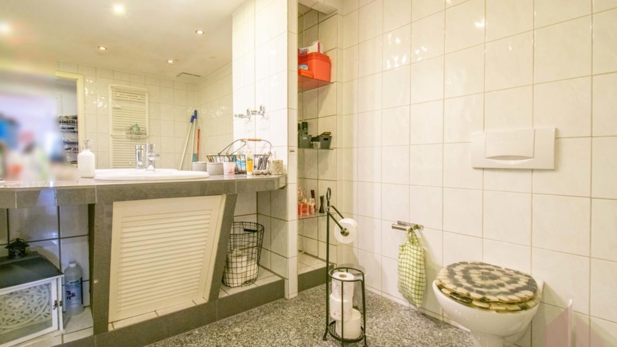 Wg 3: Badezimmer