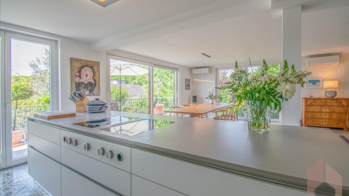 EG: offene Küche