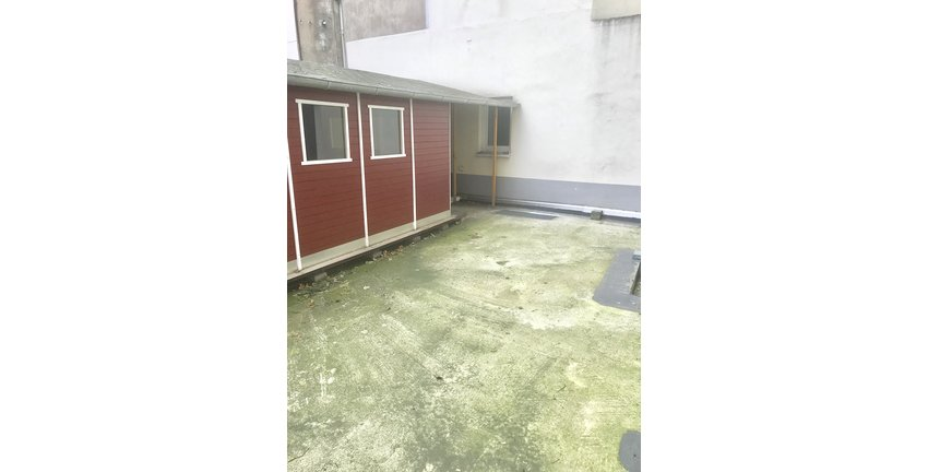 Hofgebäude / Nutzfläche