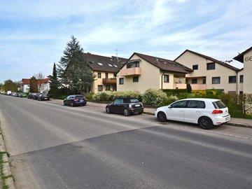 Haus-West & Straße