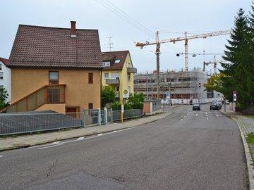 Haus & Kreuzung