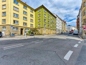 Haus Süd-Ost & Straße