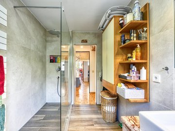 Bad zur Tür