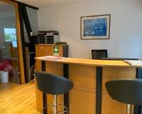 Eingangsbereich mit Empfang oder Ihre Küche