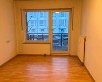 Schlafzimmer, ebenfalls mit Balkonzugang