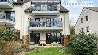Mit hohem Freizeit- und Wohnwert: Eigentumswohnung im Erdgeschoss mit Terrasse und Garten.