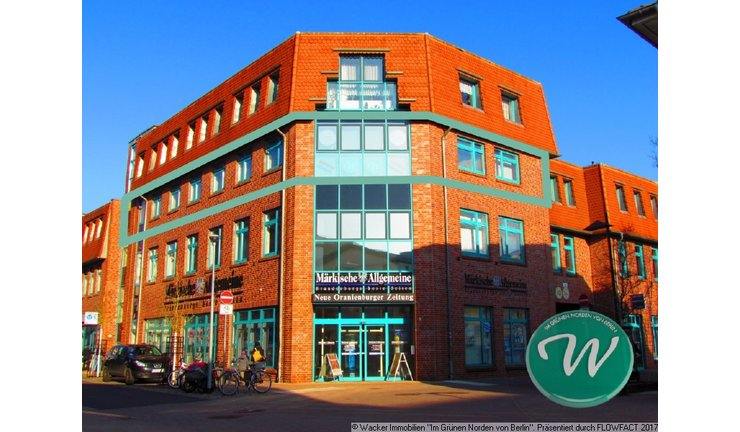 Wohn- und Geschäftshaus - Büroeinheit markiert
