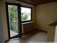 Vorraum mit Zugang zum Balkon