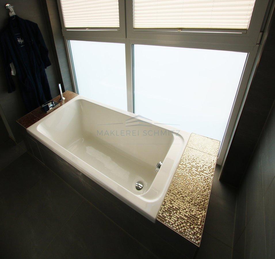 Badewanne freistehend