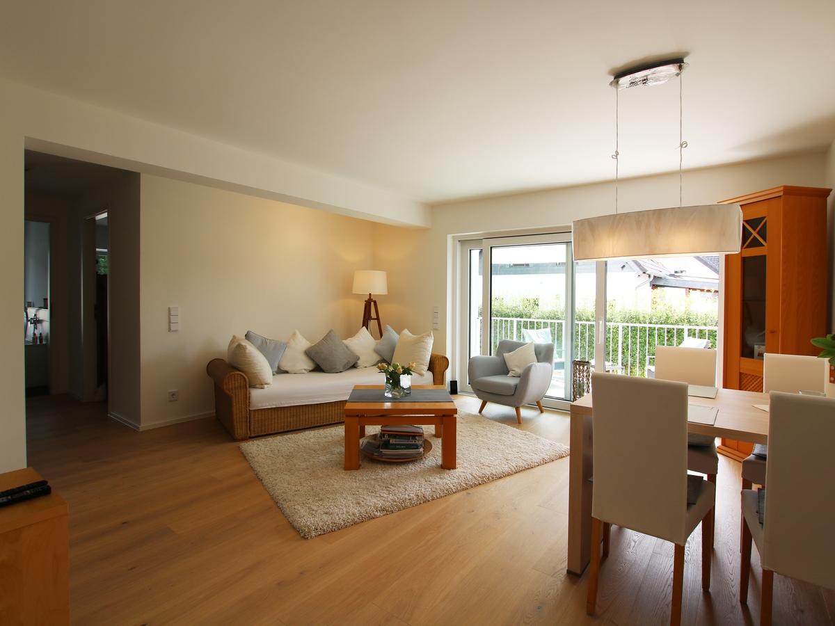 1-Wohnzimmer Wohnung Braumann